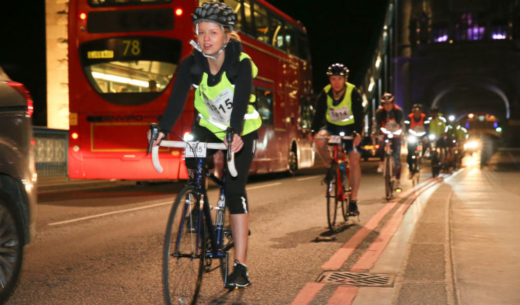 Group and bus tower bridge Nightrider Marie Curie