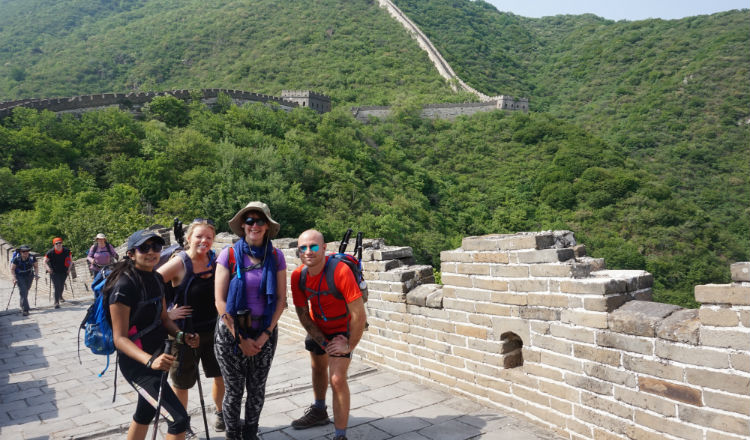 Great Wall of China trekkers