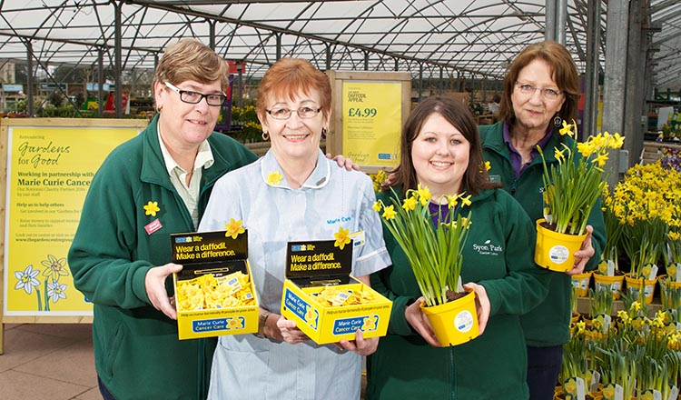 Garden Centre Group staff collect for the Great Daffodil Appeal