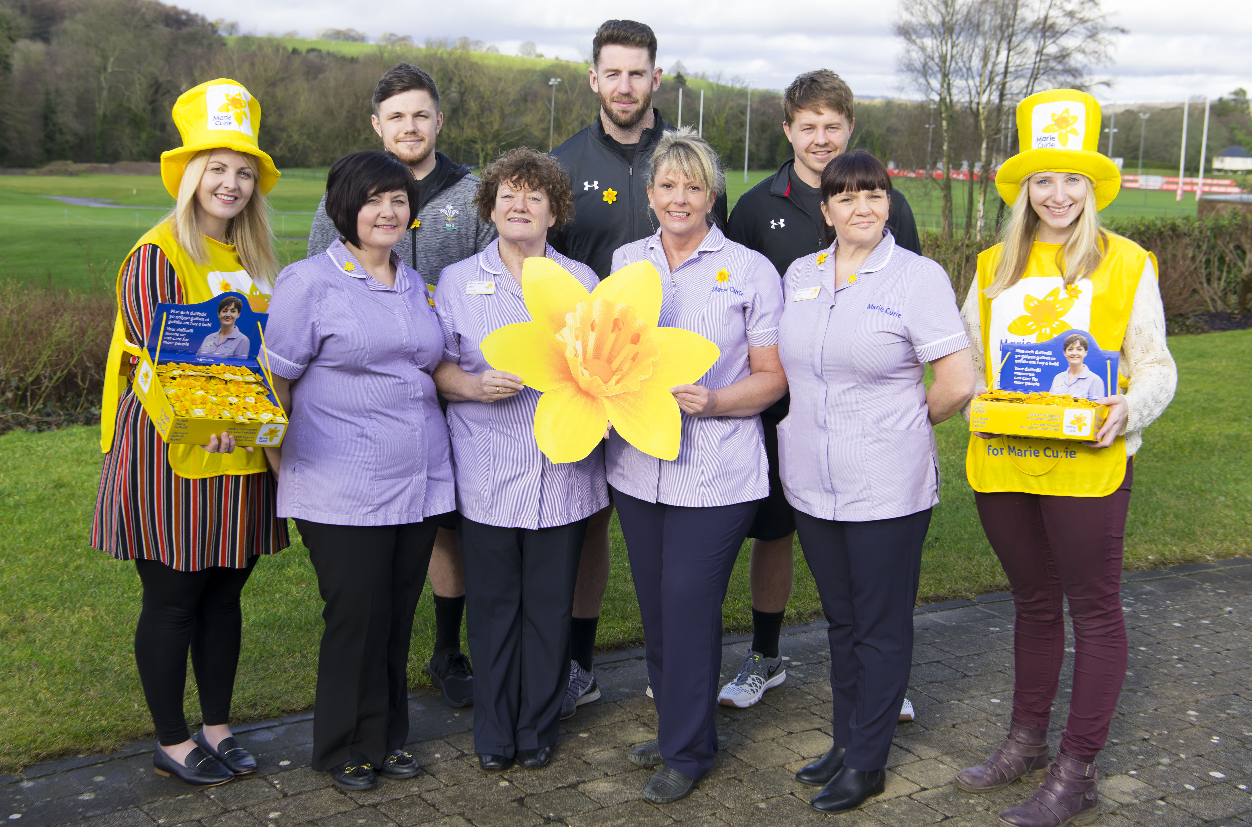 Wales rugby stars back Great Daffodil Appeal